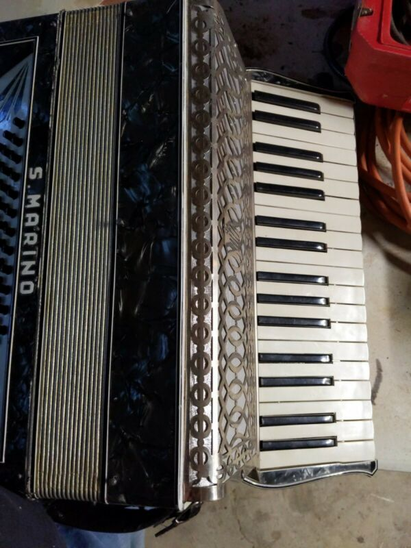 S. Marino Accordion