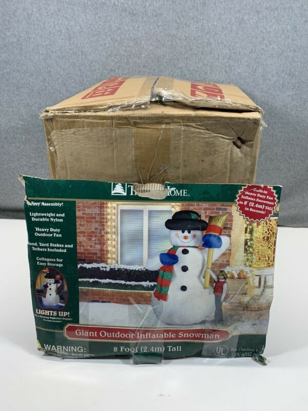 New 2005 Gemmy Trim a Home Airblown Inflatable Giant 8ft snowman Broom Lights Up