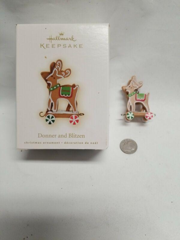 Donner and Blitzen 2009 Hallmark Ornament Santa Reindeer Gingerbread Cookie Toy