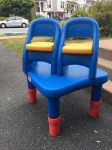 Little Tikes table n chairs