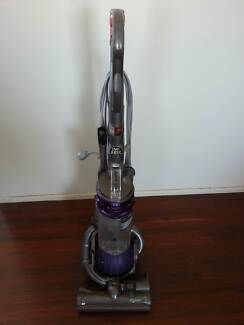 Dyson DC-25 Vacuum cleaner. Very good condition.
