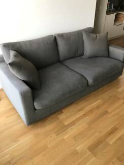 Beautiful Boston 2.5 seater large sofa in excellent condition