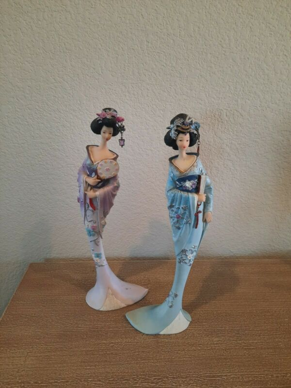 Pair of Curved Geisha Figurines in Blue and Purple