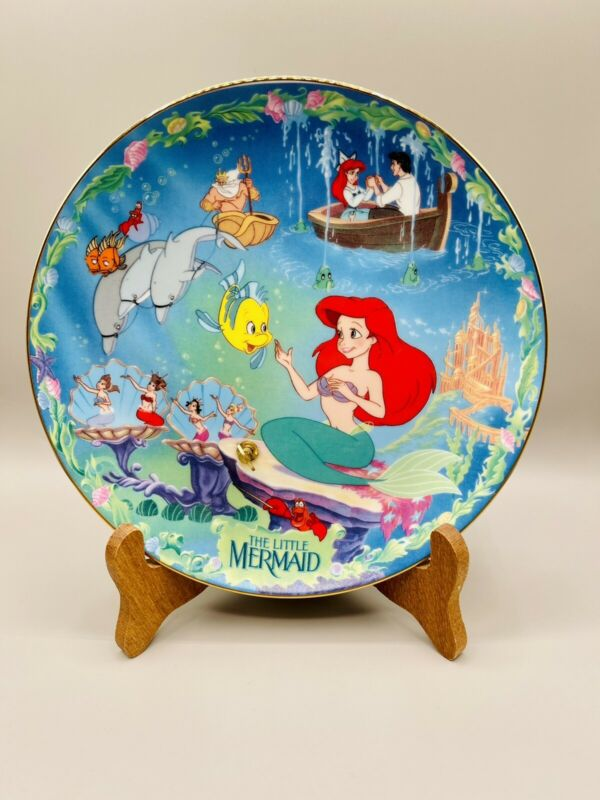 RARE Disney Bradford Exchange Musical Collector Plate The Little Mermaid