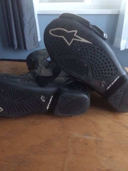 Alpine stars motorcycle scooter boots