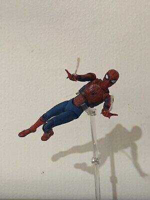 Mafex Spiderman Homecoming Action Figure