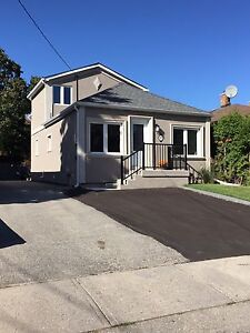 Bright, 3 bedrooms in central location of Scarlett & Lawrence
