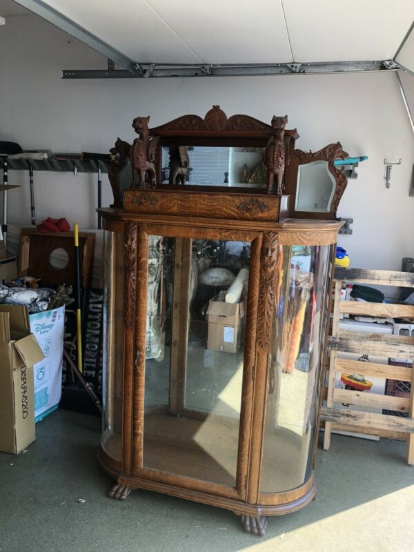 Oak Horner Griffin China Cabinet