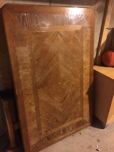 Free solid oak dining table with 6 chairs