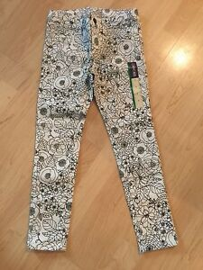 White and black pants - size 7