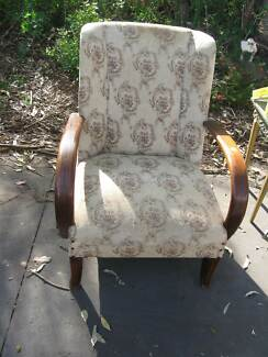 ANTIQUE LOUNGE/BEDROOM CHAIR. Vineyard Hawkesbury Area Preview