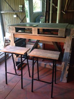 Wooden Homemade Bar Movable Bench + free bar stools + chopping board  Sunshine Beach Noosa Area Preview