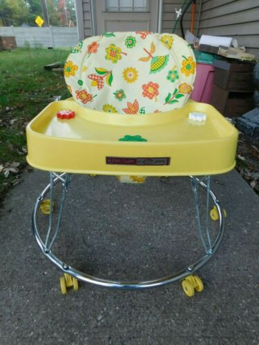 SUPER CLEAN VINTAGE HOOLA COUPE BY CENTURY BABY WALKER