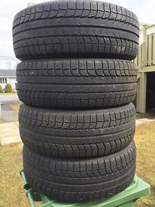 p235/55/19 inch Michelin Winter Tires / LIKE NEW