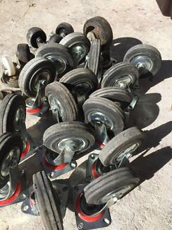 Rubber caster wheels