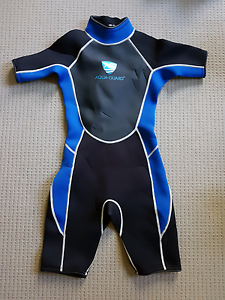 Boys/Girls short spring/wet suit Sz 10-11 Cedar Grove Logan Area Preview