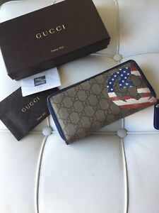Gucci Supreme GG US Wallet-Limited Edition