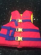 Strains life jacket child's pfd type 3 body mass 22-to 40 kg Tanah Merah Logan Area Preview
