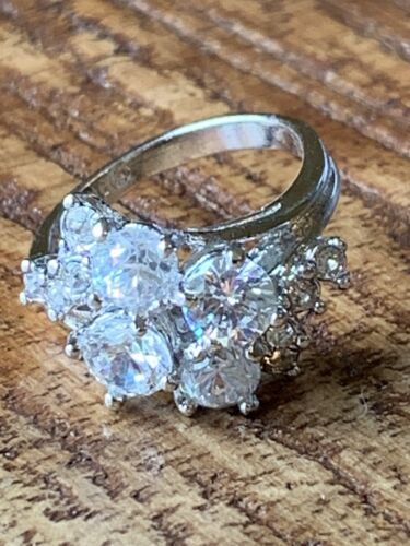 Sterling Silver Multi Size Round CZ Cluster Ring Size 6 Stunning  - $15.99