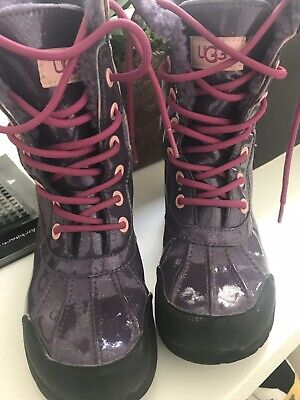 Size US 2 Girl UGG Rain/smow Boots Sparkling Purple
