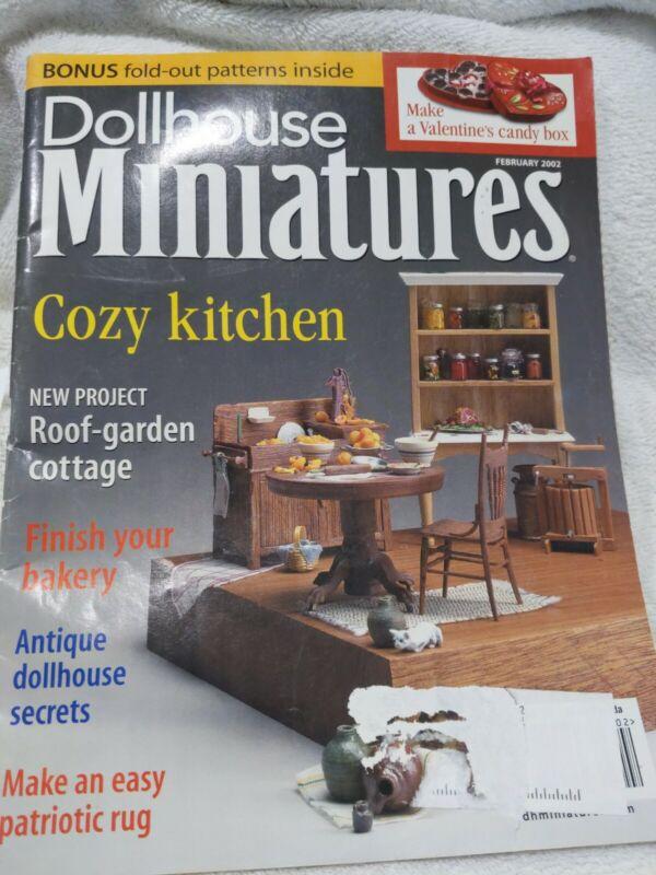Dollhouse Miniatures Magazine February 2002