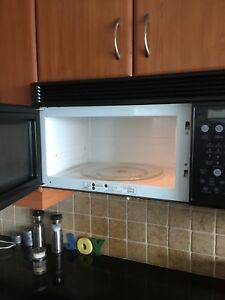 Frigidaire microwave/exhaust fan combo
