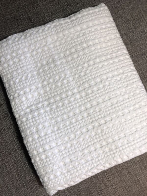 Pottery Barn Honeycomb King Sham in White NWOT
