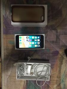 iPhone 6 32gb BRAND NEW WITH ACCESSORIES AND ORIGINAL BOX