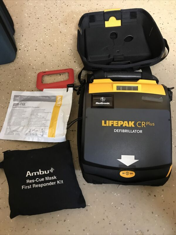 Physio-Control Lifepak CR Plus AED+ Automatic Pads, Battery, Carry Case  7/2022