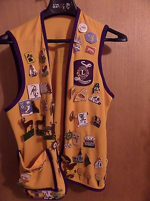 VINTAGE VEST WITH MANY MAINE LIONS CLUB LIONESS CLUB PINS