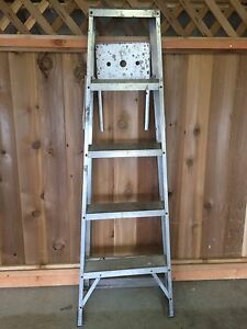 5 Foot Aluminum Ladder. 225 lb. Load. Retail $150