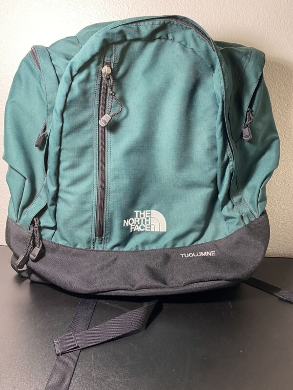 THE NORTH FACE Tuolumne Dark Green BackPack Excellent Condition
