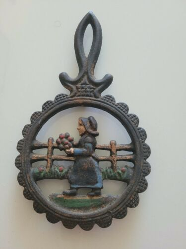 "VINTAGE ANTIQUE CAST IRON TRIVET HOLDER 8"" LONG x 5"" WIDE DECORATIVE PIECE"