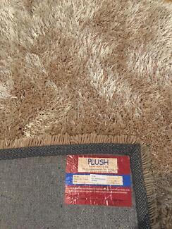Plush Shag Rug Carpet Large  - New