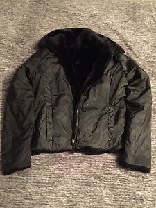 Reverseable coat sz medium