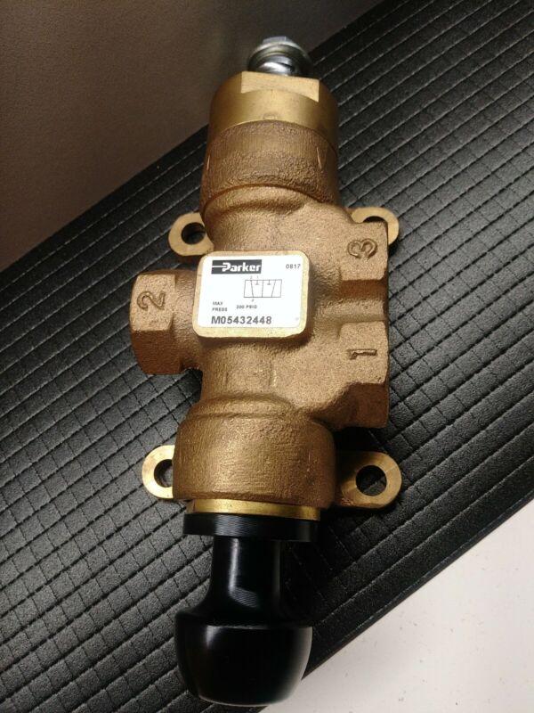 PARKER Pressure Relief Dump Valve. 0817 MO5432448 MAX Pressure 200 PSIG.