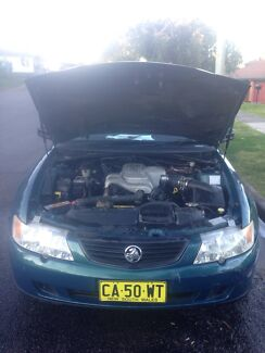 2004 Commodore VY PARTS CAR Elermore Vale Newcastle Area Preview