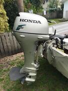 Honda 4 stroke 20hp boat motor excellent condition Kurrimine Beach Cassowary Coast Preview