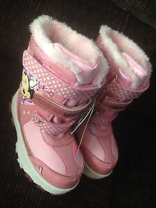 New Girls size 9 Winter Boots