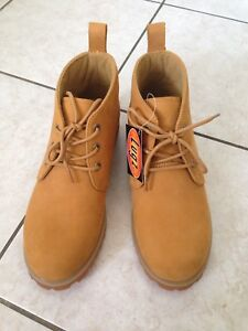 Brand New Mens Lugz with Box size 8