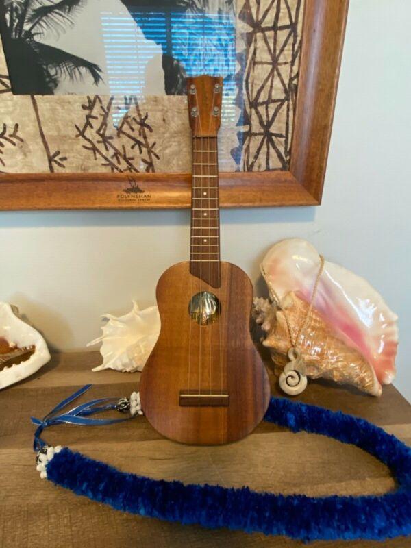 Kamaka vintage soprano solid koa ukulele 40