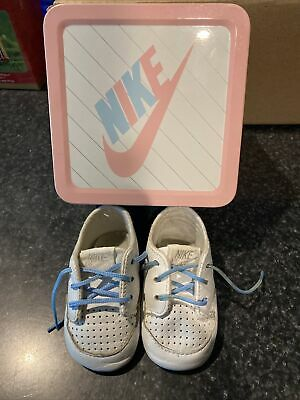 RARE Collectible Nike Vintage 1989 Blue/White Baby Shoes Pink/Blue Tin Box