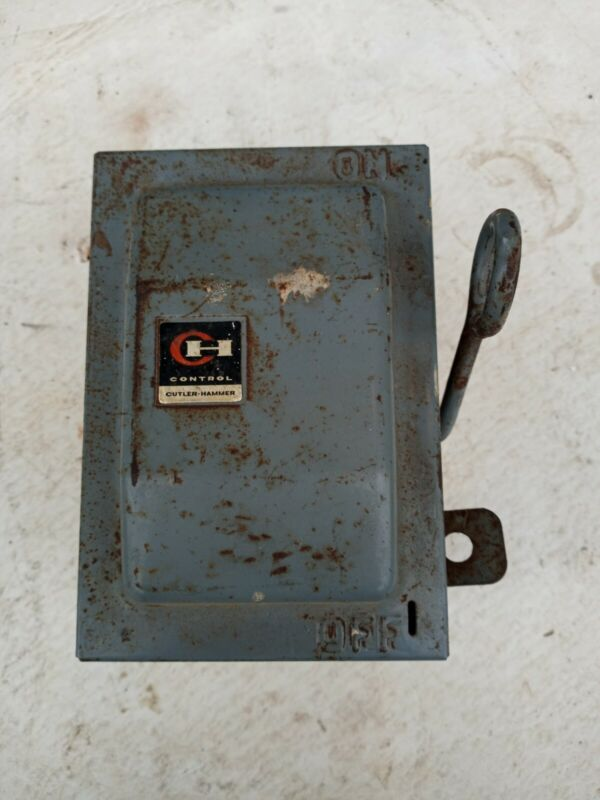 Cutler Hammer  30 Amp Fuse Box