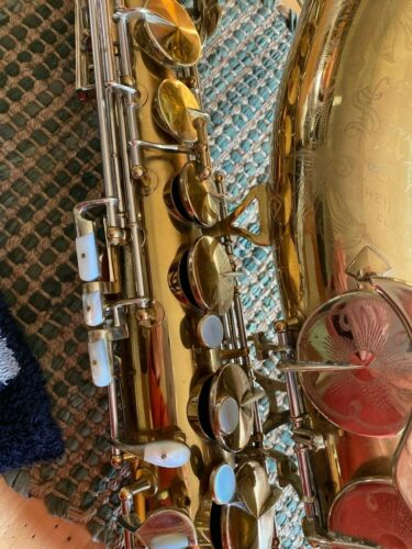 1948 Vintage KING SUPER 20 TENOR SAX  1948 with Pearl Keys