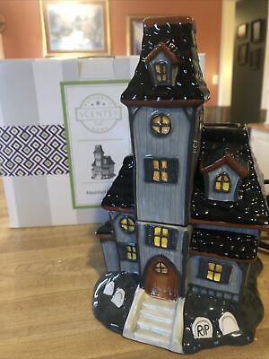 New in Box Scentsy Haunted House Warmer 2015. Retired! GRAVEYARD Halloween decor