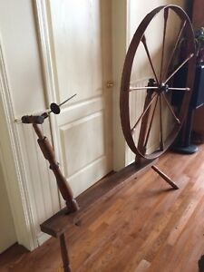 Vintage Antique Rustic 1800's Spinning Wheel