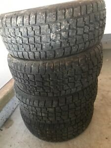 4 winter tires 205 55R16 studded