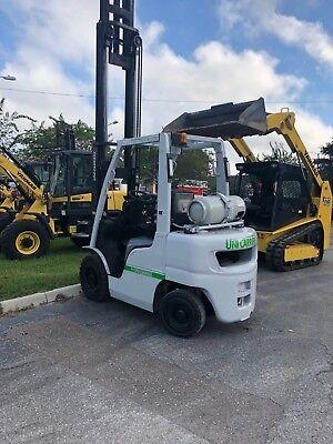 Uni Carrier Fg25l-a1 5000 Lb 4 Wheel Forklift Nissan Motor
