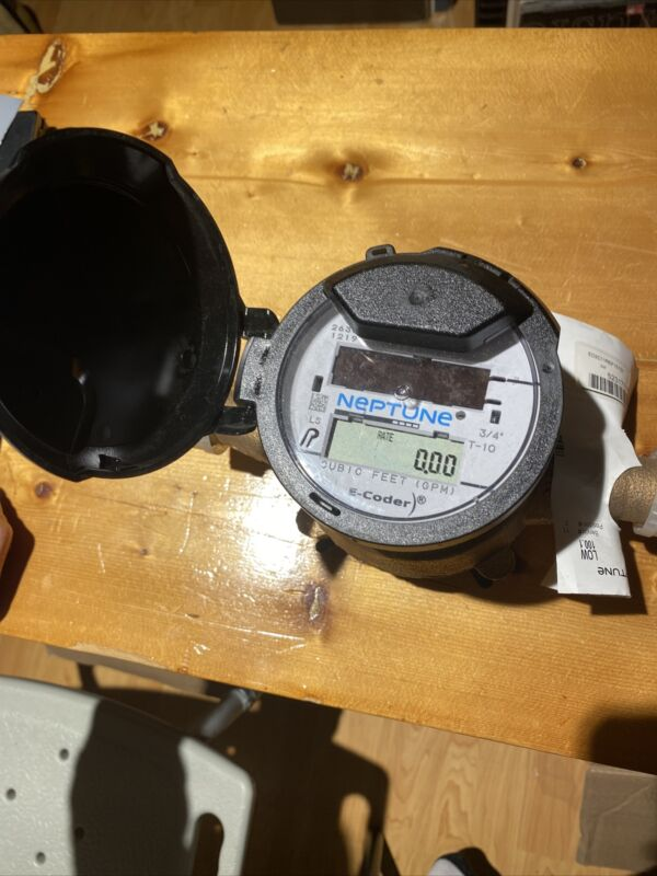 Neptune water meter 3/4 brass New!!!