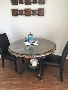 Dinning Or Kitchen Table 4 Chairs